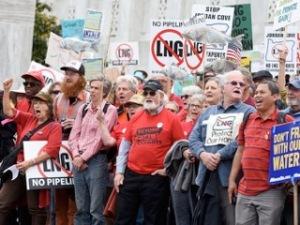 Salem LNG Rally-May 26 2015