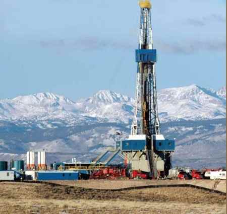 Fracking Rig-BLM-wind_river-small format